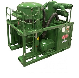 Green skid-mounted industrial vacuum