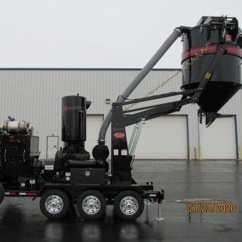 Hurricane MonsterVac Trailer-Mounted Vacuum