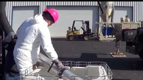 Hurricane Vacuuming Liquid/Sludge Vertically 100 feet